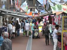 Haagse marktkooplieden slepen gemeente voor de rechter: 'We zijn hun melkkoe'