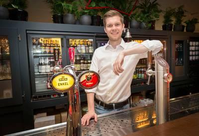 Directeur van bierreus AB InBev is blij met concurrentie van kleine brouwers