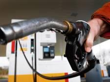 Veluwse veertigers in Kampen in de kraag gevat voor benzinediefstal