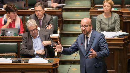 Premier Michel overhandigt rapport over Libische fondsen aan parlement