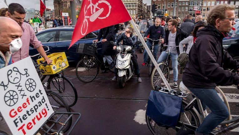 De fietsdemonstratie wekte vooral ergernis bij andere verkeersdeelnemers. Beeld Rink Hof