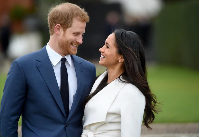Prins Harry en Meghan Markle bij de aankondiging van hun verloving.