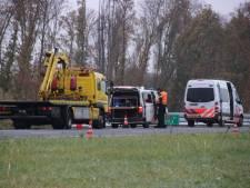 A6 na crash politiemotor in beide richtingen weer vrij