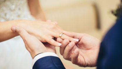 Zelfs trouwen wordt digitaal: papieren huwelijksakte verdwijnt, handtekening enkel voor de show