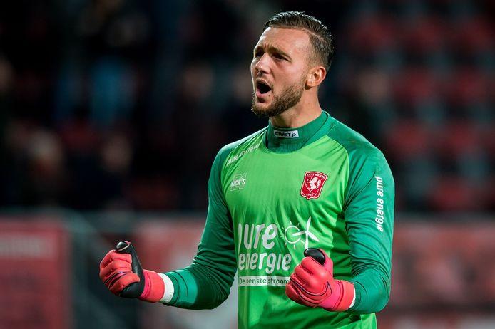 Joel Drommel staat nog onder contract bij FC Twente, maar er is belangstelling voor de keeper.