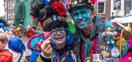 Carnavalsverenigingen in Zwolle zetten streep door optocht