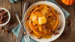 Het perfecte herfstgerecht: pannenkoeken van pompoen