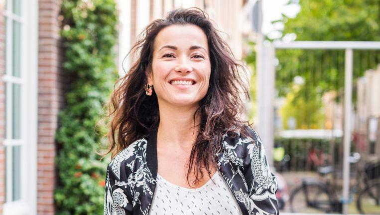 Birgit Schuurman: 'Ik erger me aan de wegopbrekingen, mijn zoon skate er juist graag overheen' Beeld Eva Plevier
