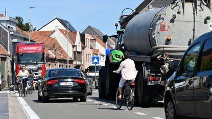 Wegen en Verkeer plant fietssuggestiestroken in Zandstraat in 2020