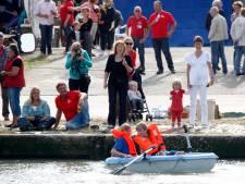 Mossels, legervoertuigen en markt: Havenfeest Walsoorden