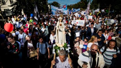 Grote manifestatie tegen abortus in Slovakije
