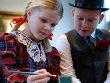Stan (7) en Bodil (6) getrouwd tijdens Kerst in de Vesting