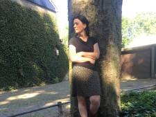 Noodkap in het Wandelbos? 'Dat gaat dus niet gebeuren', gaat Tilburgse voor de boom staan