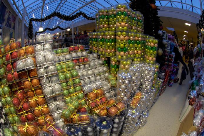 Archiefplaat van kerstballen in Tuincentrum Oosterik