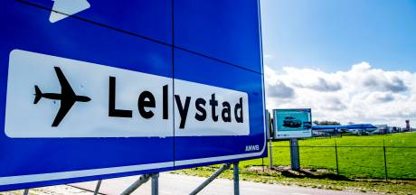 Minister: 'Risico op vogelbotsingen vliegveld Lelystad voldoende onderzocht'