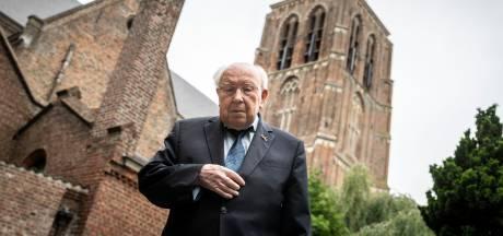 De liefde van Leende voor oud-pastoor Ad van Loon die 70 jaar priester is: 'Zo'n man voor wie je het goed wil doen'