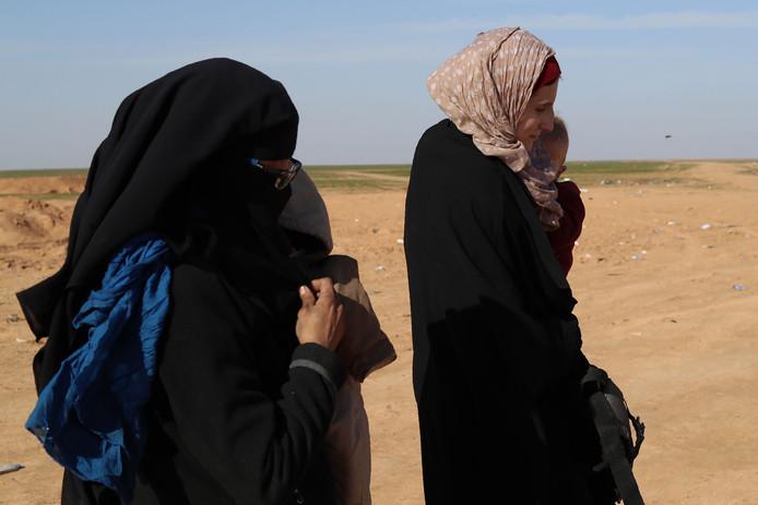 Europese jihadistes in Syrië. De vrouwen op de foto zijn niet de nu opgepakte vrouwen.