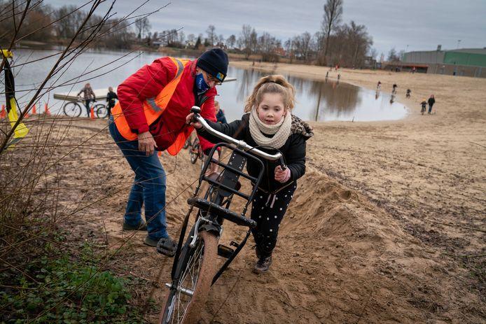 Het fietscrossen was een groot succes op sportpark Walburgen.