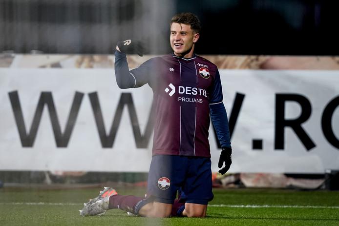 Mats Kohlert of Willem II celebrates 1-1 during AZ Alkmaar - Willem II NETHERLANDS, BELGIUM, LUXEMBURG ONLY COPYRIGHT BSR/SOCCRATES
