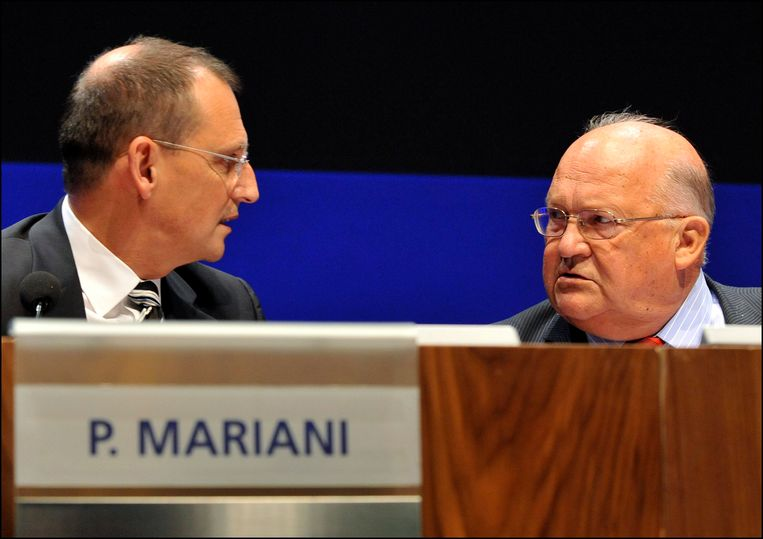 De Fransman Pierre Mariani stond tussen 2008 en 2012 aan het hoofd van de Frans-Belgische bank Dexia.  Oud-premier Jean-Luc Dehaene (1940-2014) werd voorzitter van de raad van bestuur. Dexia ging in 2011 ten onder. Foto uit 2011.