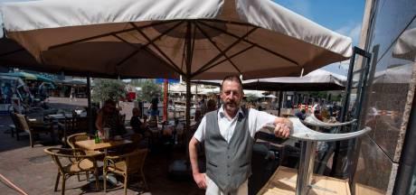 Conflict over enkele vierkante meters op marktplein van Almelo: 'Waar een wil is, is een weg'