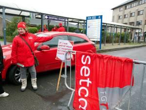 Piquets de grève et services fermés jeudi dans les soins de santé