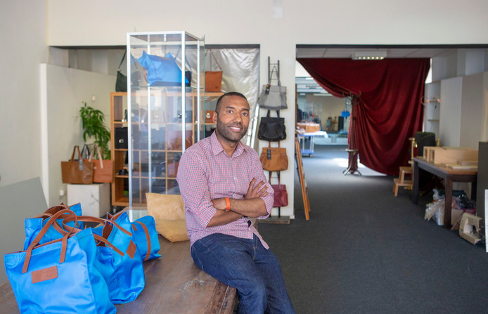414405a147e Omar Munie: 'Dit is de moeilijkste tijd uit mijn carrière'   Den ...