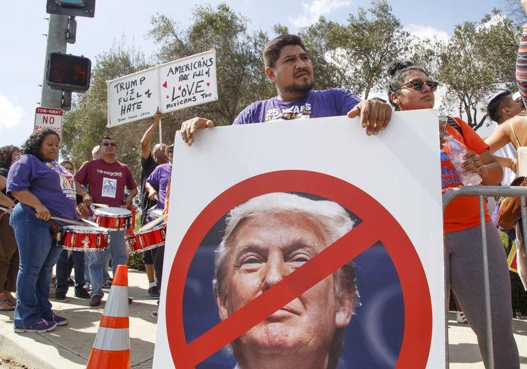Demonstraties tegen Trump in Californië. Beeld epa