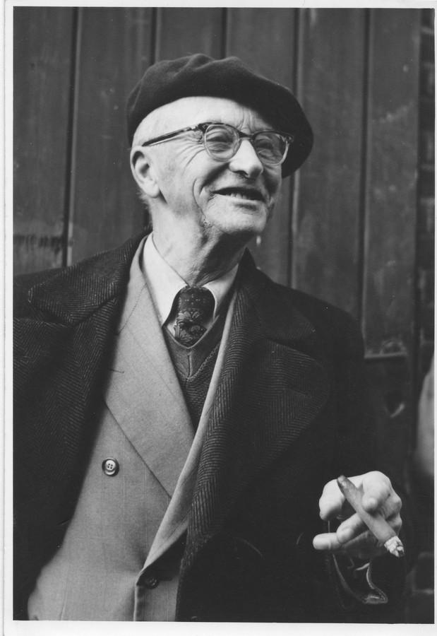 Bernard van Dam.