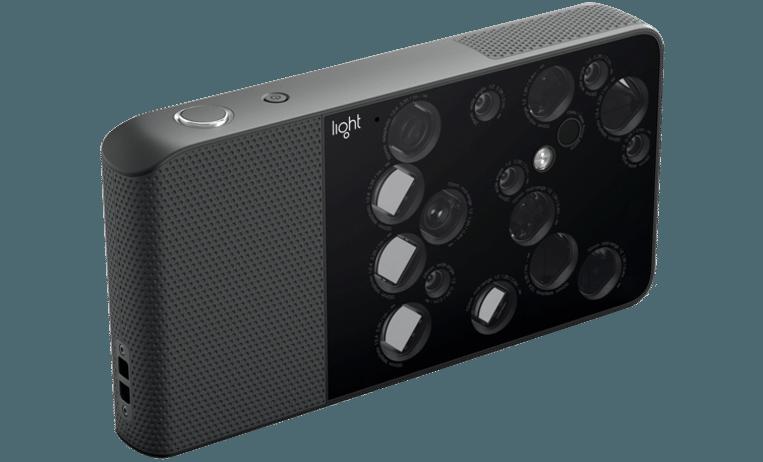De Light L16-camera bevat 16 lenzen.