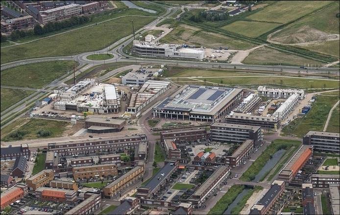 Winkelcentrum Schuytgraaf in aanbouw.
