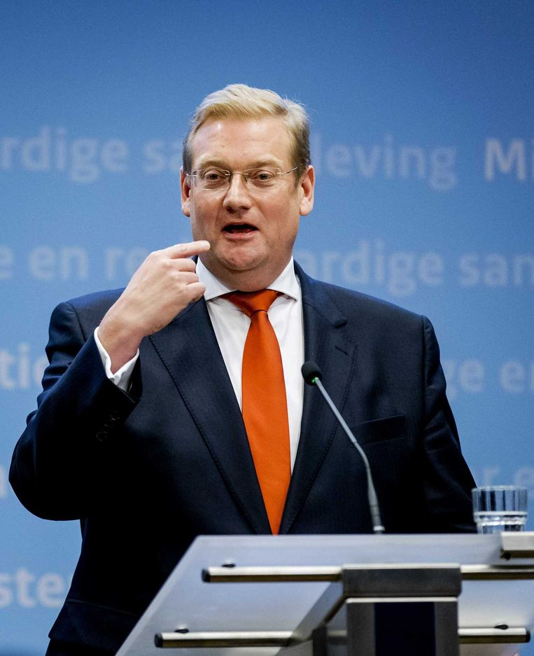 VVD-minister Ard van der Steur heeft de toorn gewekt van het genootschap van hoofdredacteuren. Beeld anp