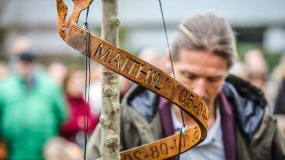 """Maithili (13) krijgt herdenkingsplaats op speelplaats vroegere school: """"We zullen haar nooit vergeten"""""""