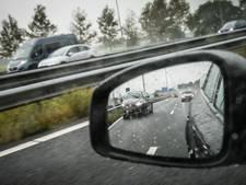 Nederlanders maken steeds meer kilometers met de auto