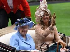 'Wie is toch die prachtige dame naast the Queen?'