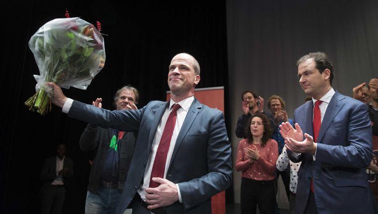 Kandidaat-lijsttrekkers van de PvdA Diederik Samsom en Lodewijk Asscher tijdens de uitslag van de PvdA-lijsttrekkersverkiezing. Beeld anp