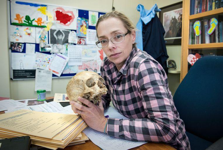 Forensisch patholoog Candice Hansmeyer Beeld Bram Lammers