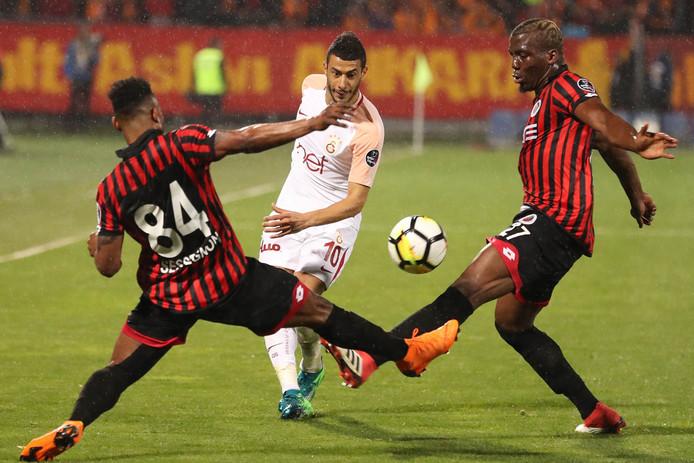 Florentin Pogba (rechts) tijdens de wedstrijd Genclerbirligi - Galatasaray.