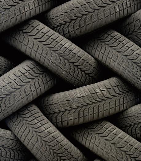 Op de Twentse sportvelden ligt rubber van 2 miljoen autobanden