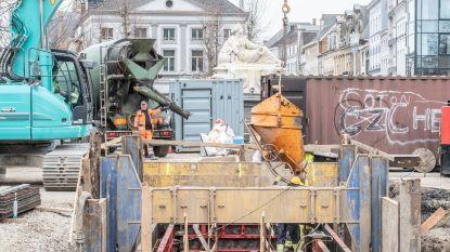 Aquafin breekt deze week westkant van Tacambaroplein in Oudenaarde op