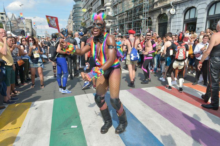 De Antwerp Pride 2018 trekt door de straten in Antwerpen.