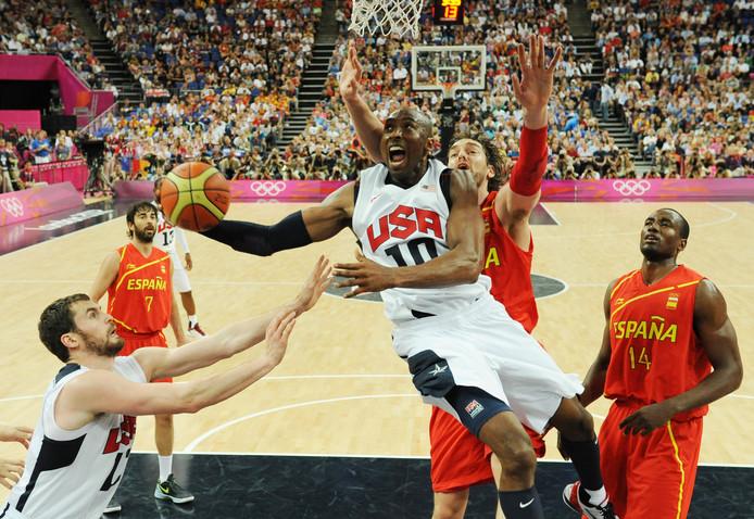 Kobe Bryant in de olympische finale van 2012 in Londen in actie tegen Spanje.