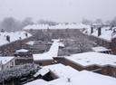 In Nijmegen kleuren de daken wit.