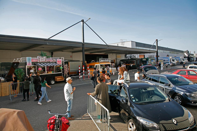 Foodtruck drive-through Beeld Koen van Rossum