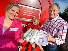 Mmmeggies delen eieren uit in Twente als positieve noot na fipronil-crisis