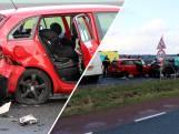 Vier auto's knallen op elkaar in Dronten: vijf gewonden