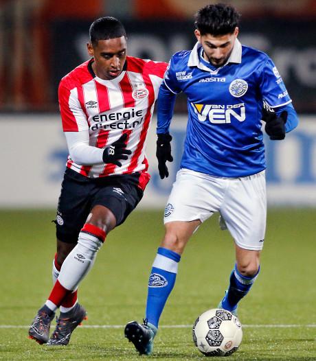 Prachtgoal Lammers nekt FC Den Bosch