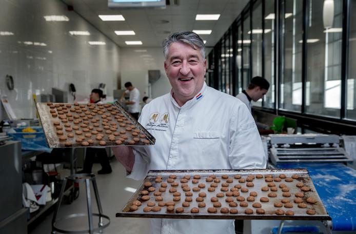 Chefkok Robert van Beckhoven, kruidnootbakker.
