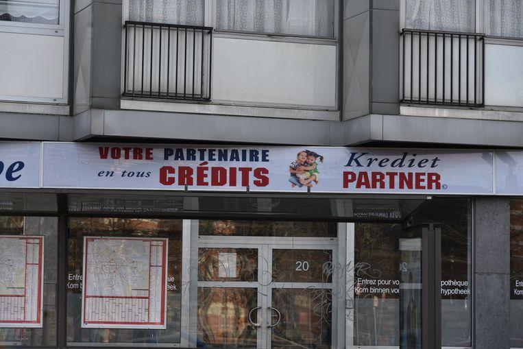 Het kantoor van Kredietpartner in Schaarbeek. Zo is er ook nog een in Luik en Charleroi.