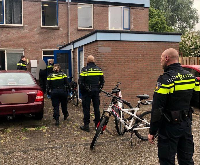 De politie Zoetermeer deed deze maand onderzoek naar een inbraak aan de IJsselstroom en hield uiteindelijk verdachten aan.